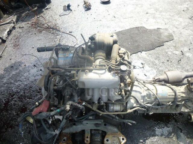 Двигатель на Toyota Regius RCH47 3RZ