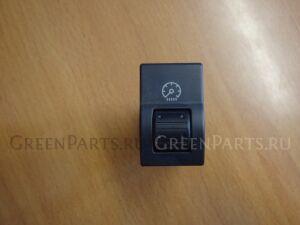 Кнопка на Mazda Axela BK5P ZY