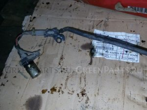 Датчик положения коленвала на Toyota Corolla Fielder ZZE122 1ZZ-FE