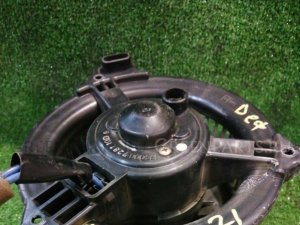 Вентилятор печки на Toyota Estima ACR40W 2AZ-FE