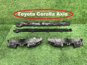 Крепление бампера на Toyota Corolla Axio NZE141 1NZ-FE 52576-12160