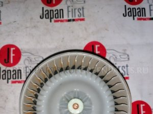 Мотор печки на Toyota Isis ANM10 1AZFSE 87103-44080