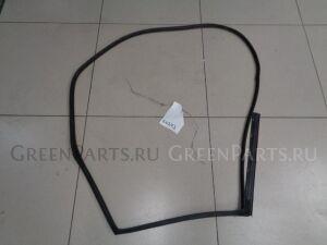 Уплотнительная резинка на Mazda Cx-7 2007-2012 2.3 238л.с. L3 / АКПП 4WD Внедорожник 2008г EG2172760M