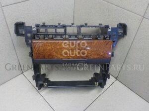 Рамка магнитофона на Audi A6 [C5] 1997-2004 4B0858005F