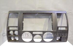 Рамка магнитофона на VW Transporter T5 2003-2015