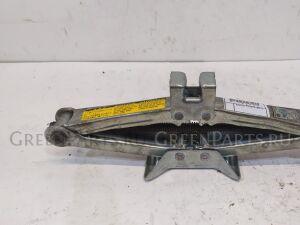 Домкрат на Toyota Caldina AT211G, ST210G, ST215G, ST215W, CT216G