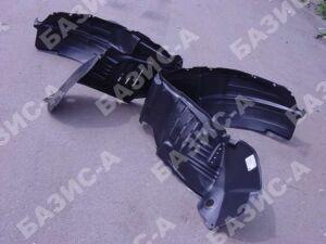Подкрылок на Lexus RX330