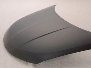 Капот на Nissan Tiida
