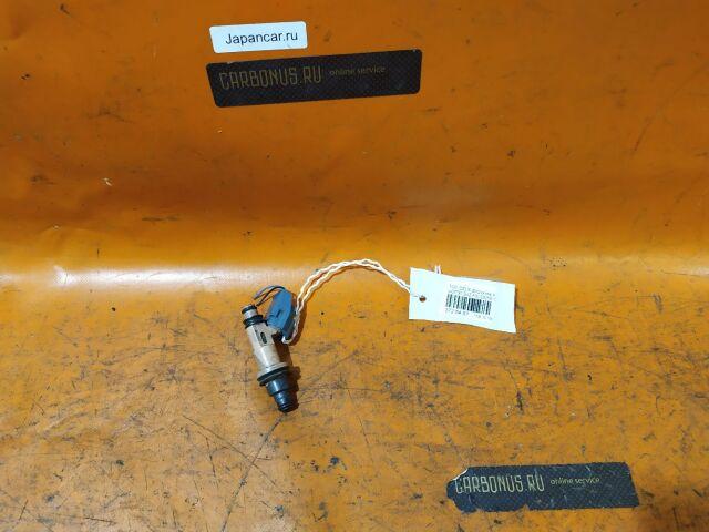Форсунка инжекторная на Toyota Celsior UCF20, UCF21 1UZ-FE