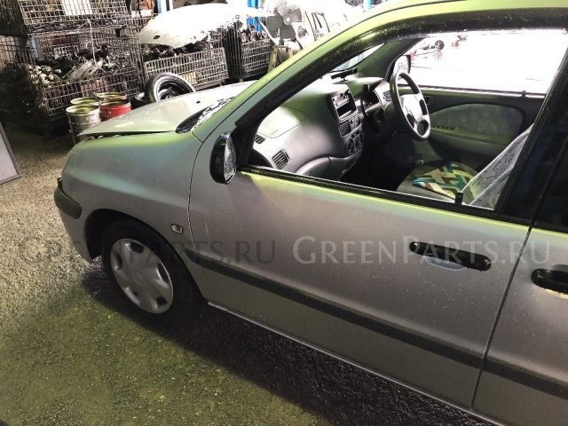 Обшивка багажника на Toyota Raum EXZ10