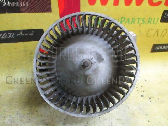 Мотор печки на Toyota Corolla AE100