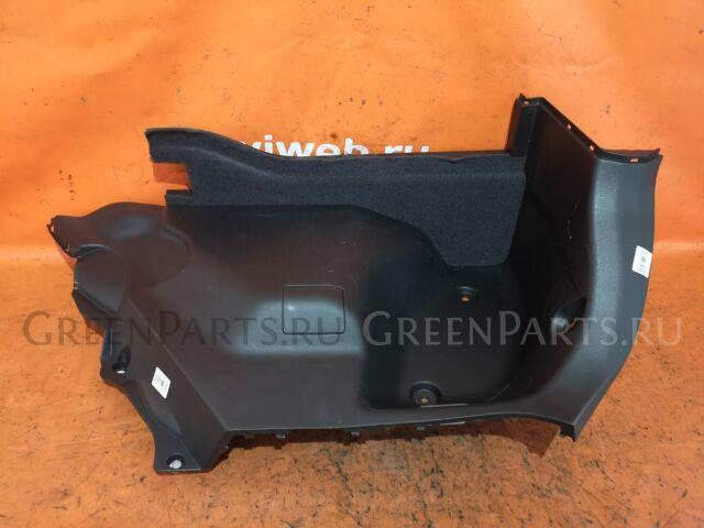 Обшивка багажника на Nissan Tiida C11