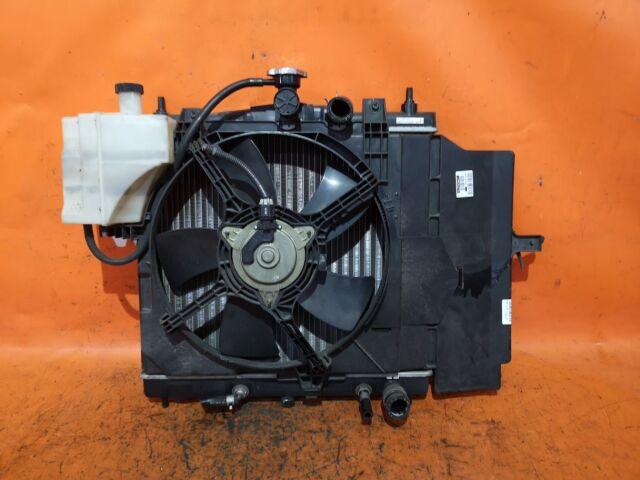 Радиатор двигателя на Nissan March AK12 CR12DE