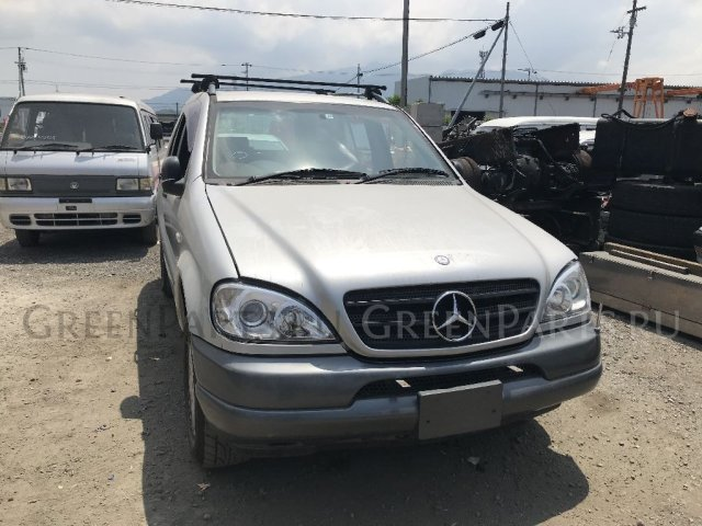 Подкрылок на Mercedes Benz MCLASS W163154 112942
