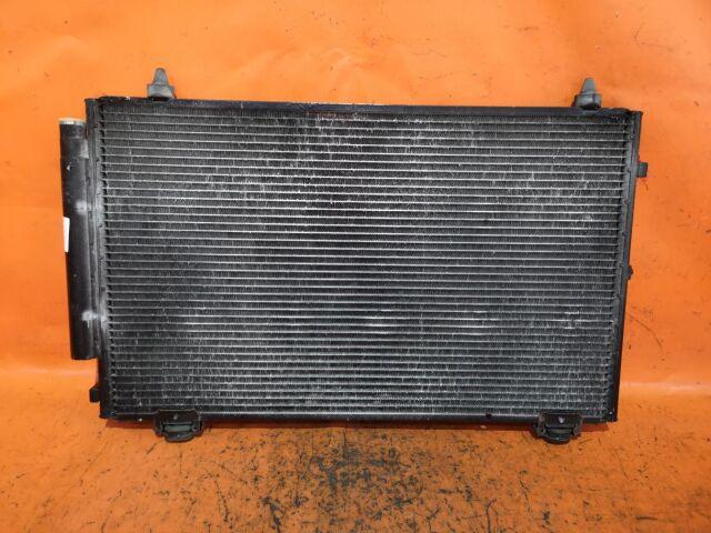 Радиатор кондиционера на Toyota Corolla Runx NZE121, NZE124, ZZE122, ZZE124 1NZ-FE, 1ZZ-FE