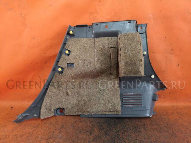 Обшивка багажника на Nissan Cube BZ11