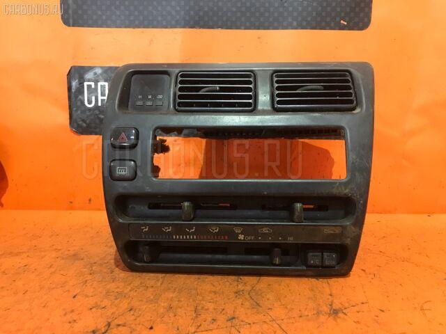 Блок управления климатконтроля на Toyota Corolla EE103V 5E-FE