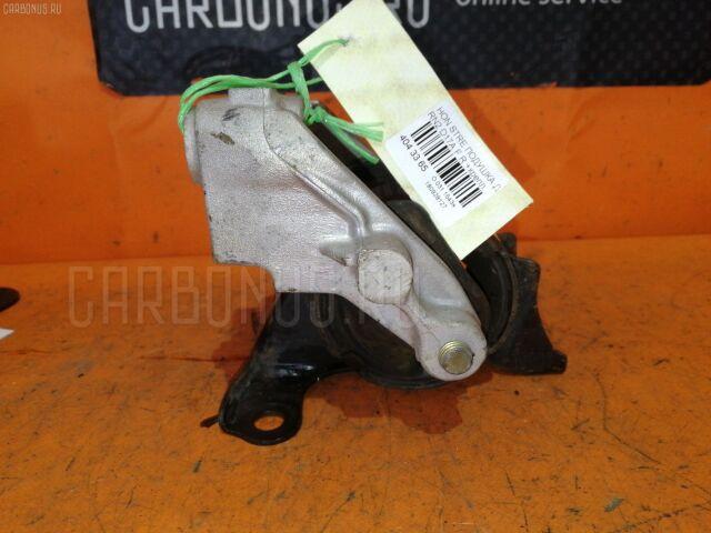 Подушка двигателя на Honda Stream RN2 D17A