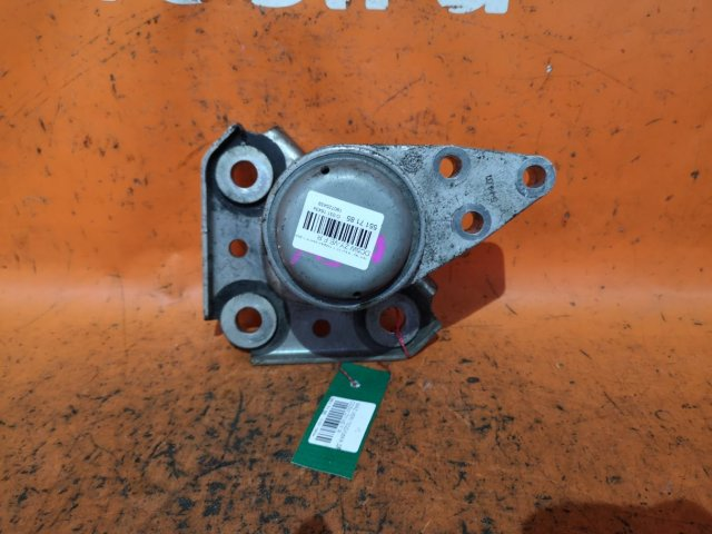 Подушка двигателя на Mazda Verisa DC5W ZY-VE
