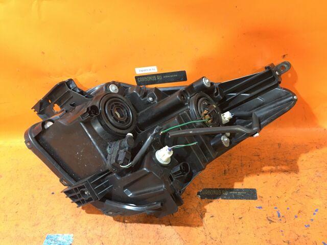 Фара на Toyota Ractis NCP100 52-189
