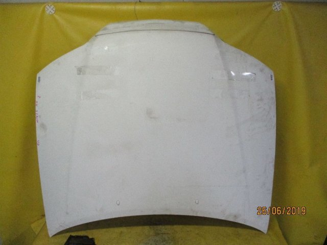 Капот на Toyota Mark II Qualis MCV25W
