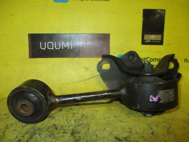 Подушка двигателя на Toyota Camry Gracia Wagon MCV25W 2MZ-FE