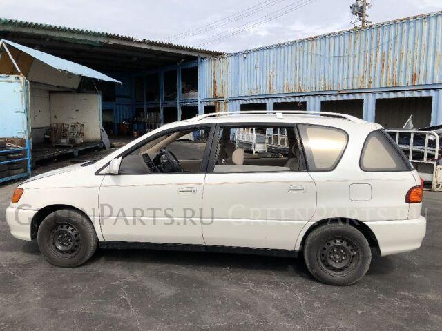 Поворотник к фаре на Toyota Ipsum SXM10G 44-26