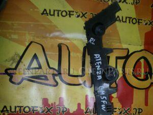 Крепление бампера на Mazda Atenza GH5FW GS2B-502J1