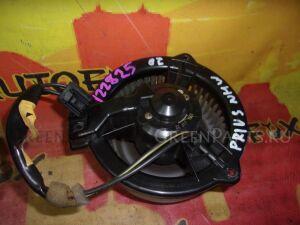 Мотор печки на Toyota Prius NHW20 1NZFE