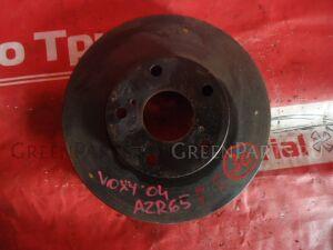 Тормозной диск на Toyota Voxy AZR65G 1AZ-FSE