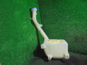 Бачок омывателя на Honda Odyssey RB1 K24A