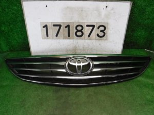 Решетка радиатора на Toyota Camry ACV30 2AZ-FE