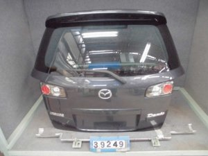 Дверь задняя на Mazda Demio DY5W