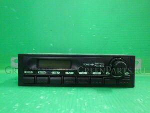 Автомагнитофон на Isuzu ELF NKS81A 4HL1