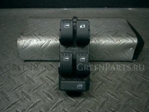 Блок упр-я стеклоподъемниками на Toyota ROOMY M900A 1KR-VET