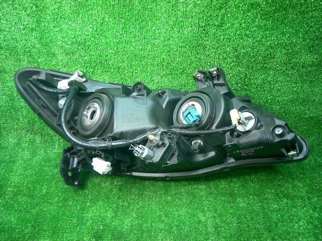 Фара на Honda Civic FD3 LDA-MF5 P5476