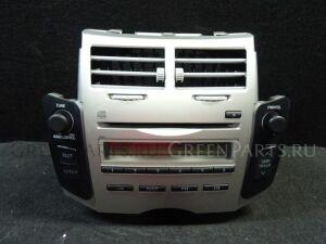 Автомагнитофон на Toyota Vitz SCP90 2SZ-FE
