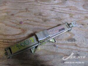 Домкрат на Honda Jazz GD5 L13A1, L12A1