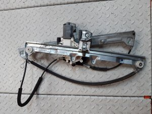 Стеклоподъемный механизм на Mitsubishi COLT 6