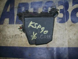 Блок предохранителей на Toyota Vitz KSP90