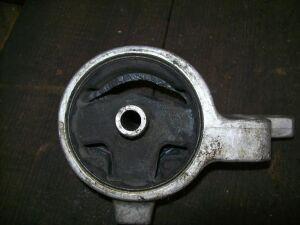 Подушка двигателя на Nissan B14/N15 GA15
