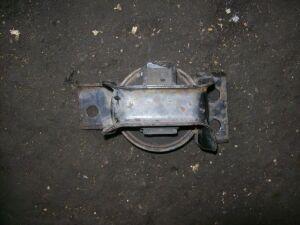 Подушка двигателя на Nissan Y12/G11 MR18/20