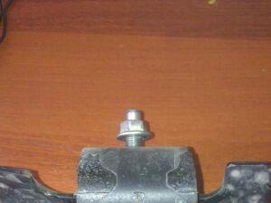 Подушка двигателя на Nissan Navara D40 YD25 11220 EB70C
