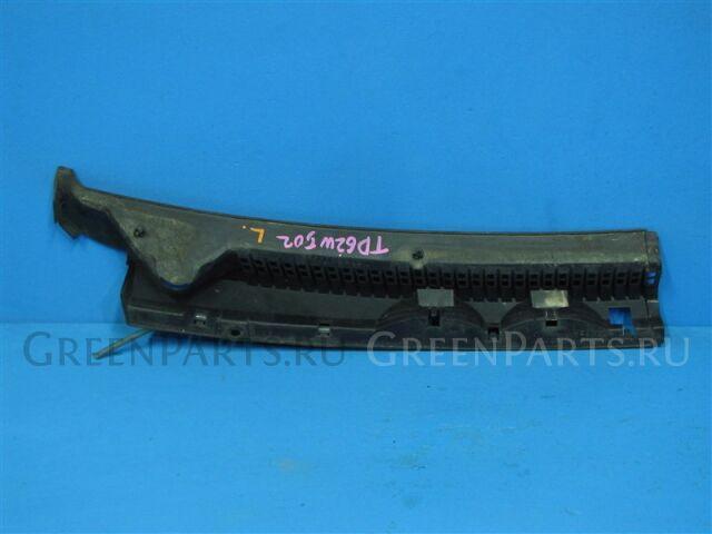 Решетка под лобовое стекло на Suzuki Escudo TD61 H25A 77312-60A20-5PK
