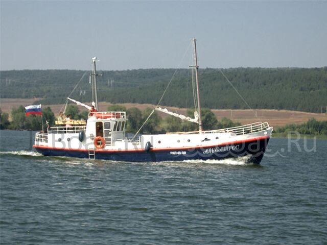 яхта моторная 2008 г.