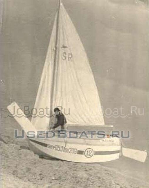 яхта парусная