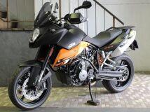 туристический KTM 990 SUPER MOTO T