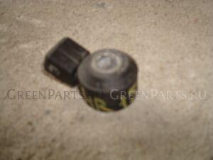 Датчик детонации на Nissan HR15