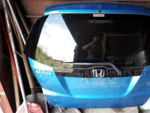 Крышка багажника на Honda Fit GE6