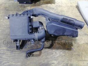 Корпус воздушного фильтра на Toyota Prius ZVW30